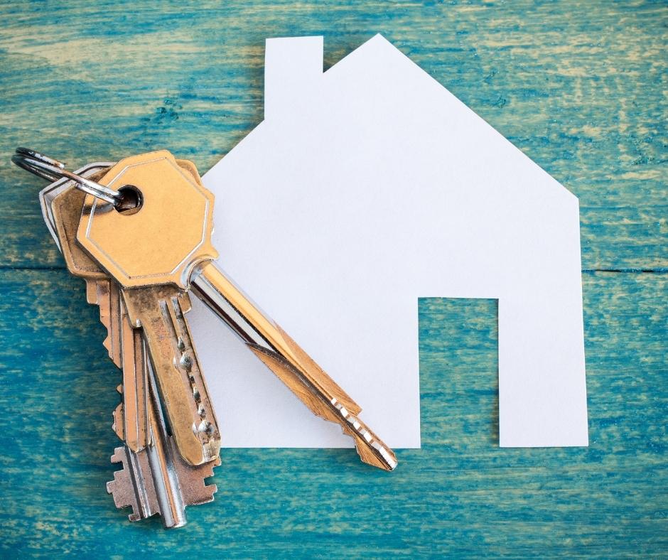 Aluga-se casas ou alugam-se casas?