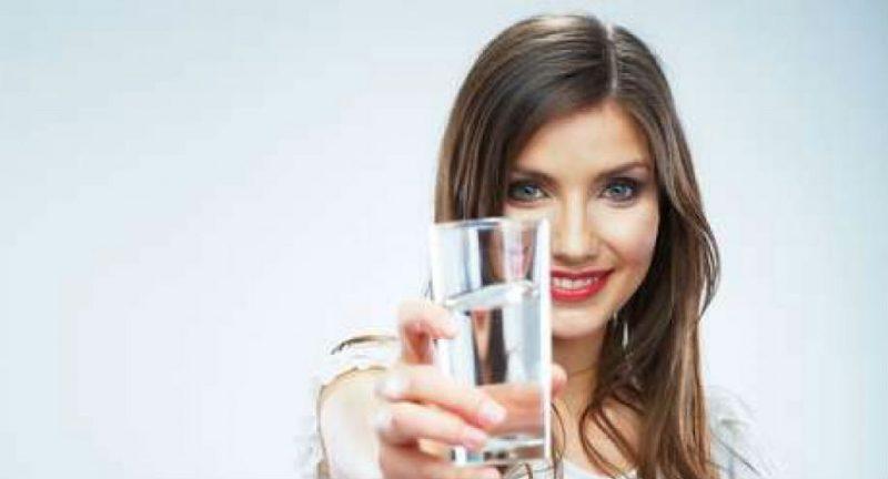 Qual a diferença entre sede e cede?