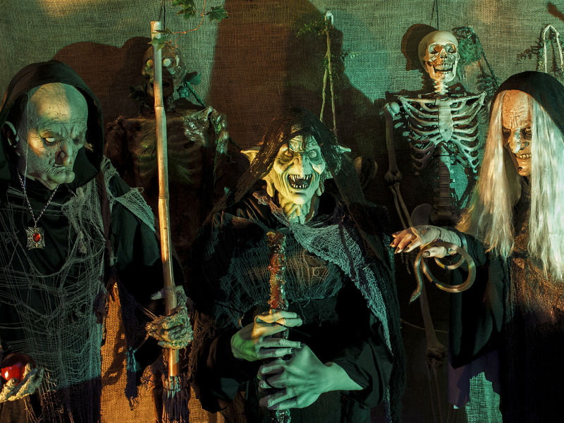 Resultado de imagem para A curiosa origem do Dia das Bruxas