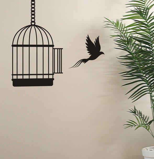 """A origem da expressão: """"Olha o passarinho!"""""""